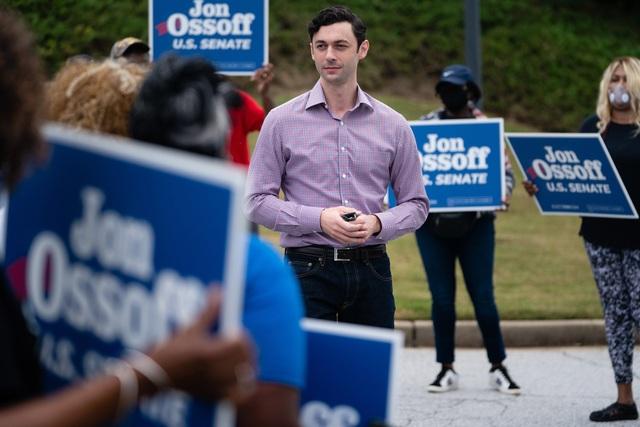 Đạo diễn phim 33 tuổi sắp trở thành thượng nghị sĩ trẻ nhất nước Mỹ - 3