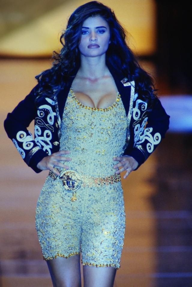 Hoa hậu Đan Mạch vẫn gợi cảm ở tuổi 52 - 6