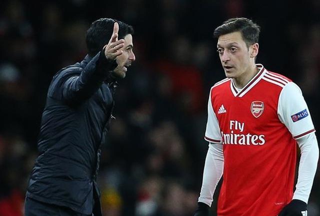 Phá vỡ sự im lặng, Mesut Ozil công khai bến đỗ mơ ước - 1