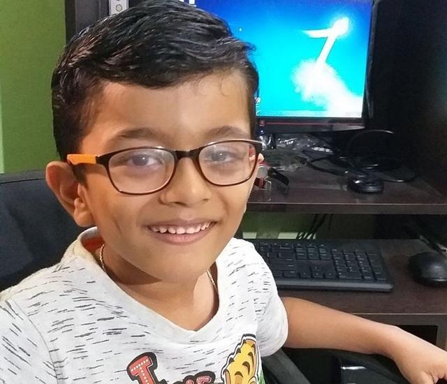 Cậu bé Ấn Độ 7 tuổi đạt chứng chỉ toàn cầu của Microsoft - 1