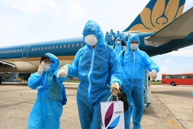 Hạn chế nhập cảnh, Thủ tướng duyệt từng chuyến bay về Việt Nam dịp Tết - 1