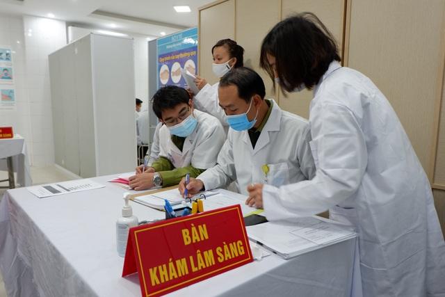 Ai là người đầu tiên được tiêm liều cao nhất vắc xin Covid-19 của Việt Nam? - 4