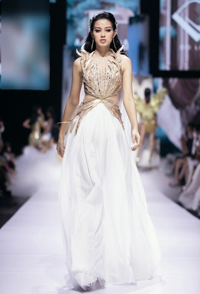 Đỗ Thị Hà được chuyên trang thế giới dự đoán Top 10 Hoa hậu Thế giới 2021 - 7