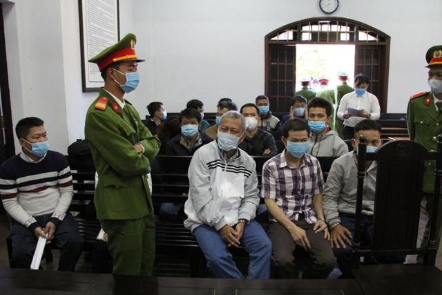 Bất ngờ hoãn xử đại gia Trịnh Sướng vì một số bị cáo vắng mặt - 2