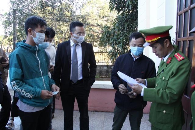 Bất ngờ hoãn xử đại gia Trịnh Sướng vì một số bị cáo vắng mặt - 1