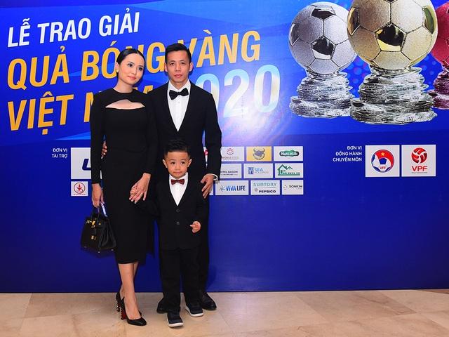Những khoảnh khắc đẹp trong đêm trao giải Quả bóng vàng Việt Nam - 2