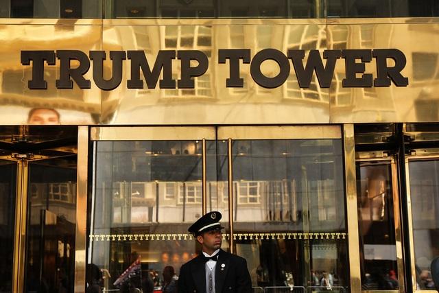 Tập đoàn của ông Trump mất nhiều mối làm ăn sau vụ bạo loạn ở quốc hội  - 1