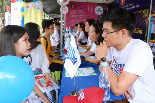 Trường ĐH KHXHNV TPHCM dự kiến mở ngành Chính trị học - 1