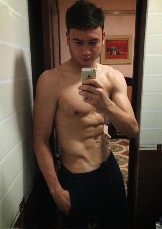 Cặp đôi Văn Lâm - Yến Xuân mê tập gym, vóc dáng đẹp từng centimet - 5
