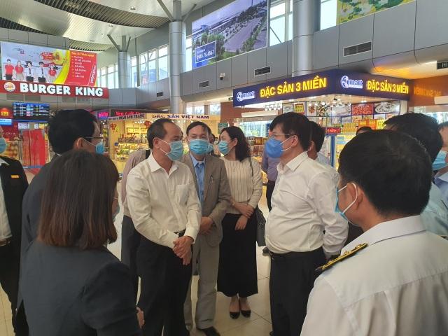 Thứ trưởng Y tế: Khánh Hòa không được chủ quan, lơ là chống Covid-19 - 3