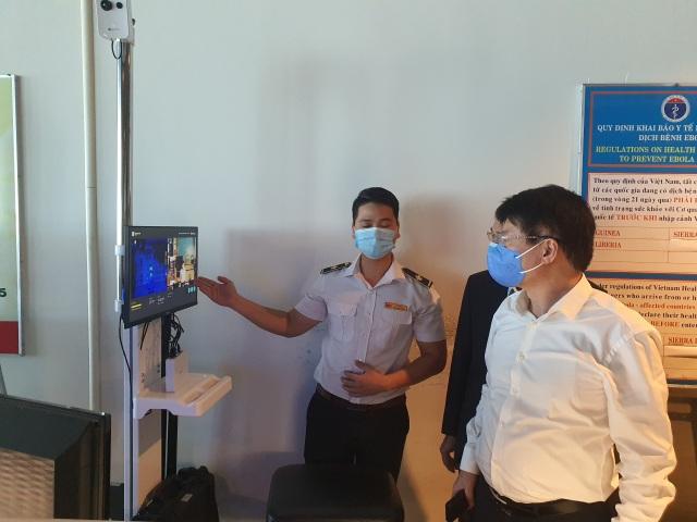 Thứ trưởng Y tế: Khánh Hòa không được chủ quan, lơ là chống Covid-19 - 2