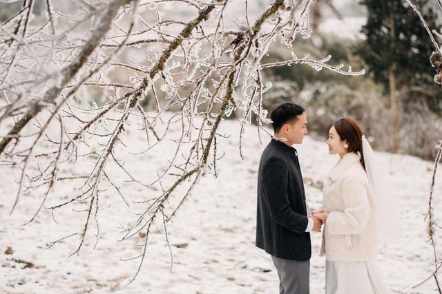 Cặp đôi Hà Nội vượt 400km chụp ảnh cưới với băng tuyết kỳ ảo ở Y Tý - 7