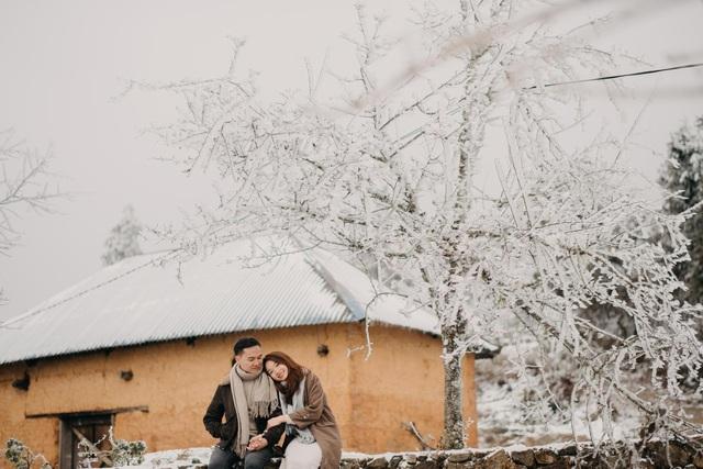 Cặp đôi Hà Nội vượt 400km chụp ảnh cưới với băng tuyết kỳ ảo ở Y Tý - 8