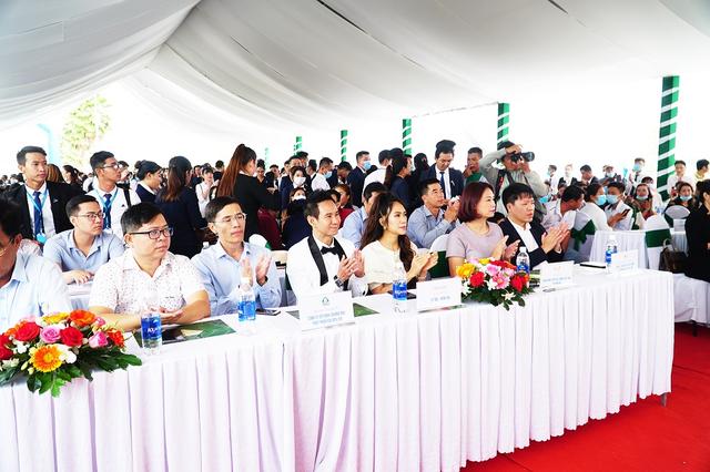Lý Hải - Minh Hà xuất hiện tại lễ giới thiệu dự án Happy Home Cà Mau - 1