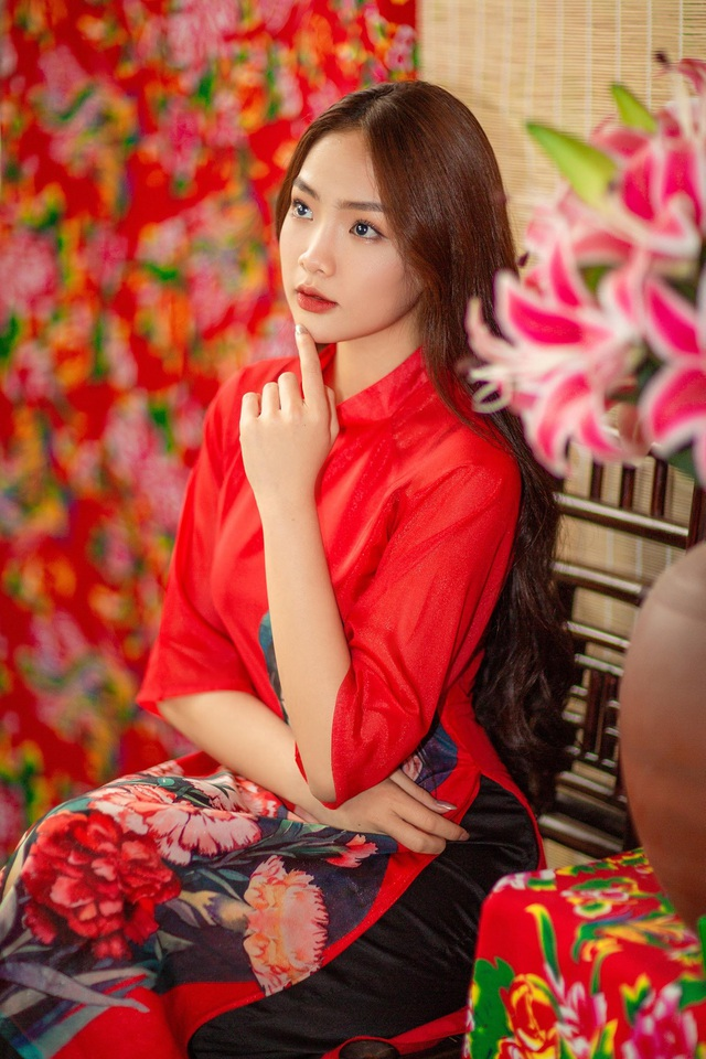 khoe-anh-ron-rang-khong-khi-tet-cua-nhung-hot-girldocx-1610473928964.jpeg