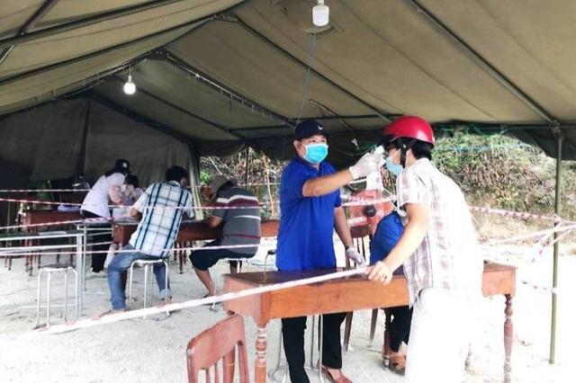 Kiểm soát chặt chẽ người từ nơi khác về địa phương đón Tết Tân Sửu - 2