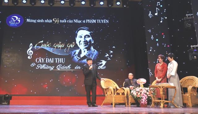 Đong đầy cảm xúc trong đêm nhạc mừng nhạc sĩ Phạm Tuyên tròn 91 tuổi - 2