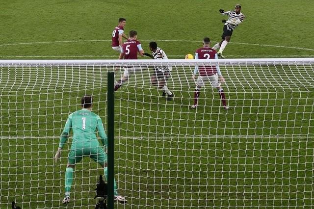 HLV Solskjaer phấn khích khi Man Utd dẫn đầu Premier League - 1
