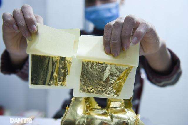 Tác phẩm Trâu dát vàng 24k sẵn sàng đón Tết Nguyên đán Tân Sửu - 4
