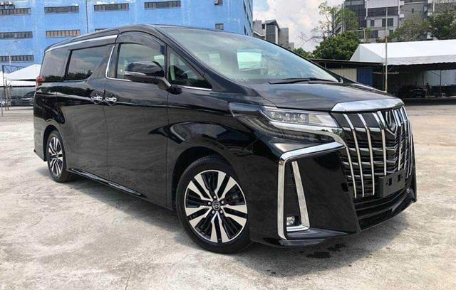 10 mẫu ô tô bán chậm nhất tại Việt Nam năm 2020 - 3
