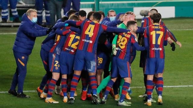 Barcelona nhận tin không vui về Lionel Messi - 2