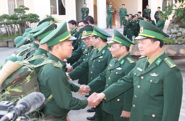 Chi viện 40 lính biên phòng giúp Kiên Giang bọc biên giới, chặn Covid-19 - 3