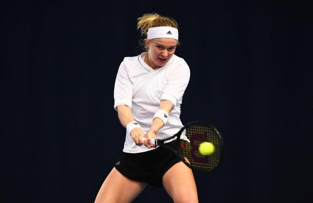 Cô gái thiếu hai ngón tay vượt qua vòng loại Australian Open 2021 - 1