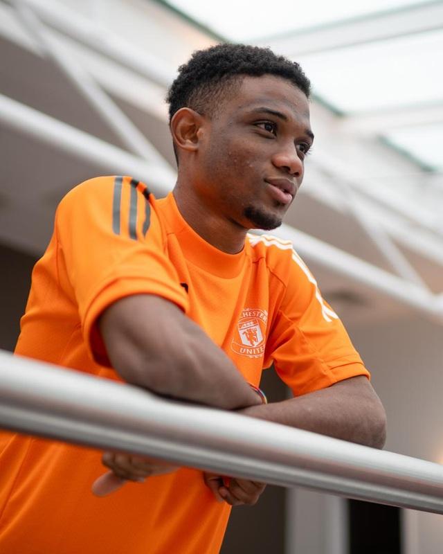 Man Utd chính thức ra mắt bom tấn Amad Diallo - 6