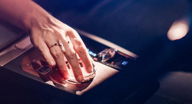 CES 2021: BMW gây chú ý với màn hình siêu rộng và iDrive thế hệ mới - 4