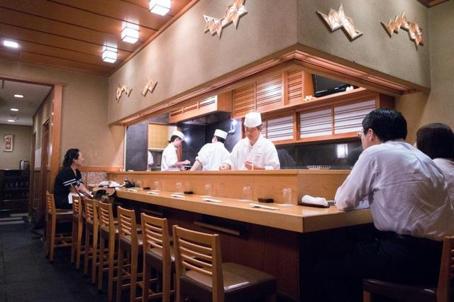Bartender nổi tiếng Tokyo thích ăn nhậu ở đâu? - 6