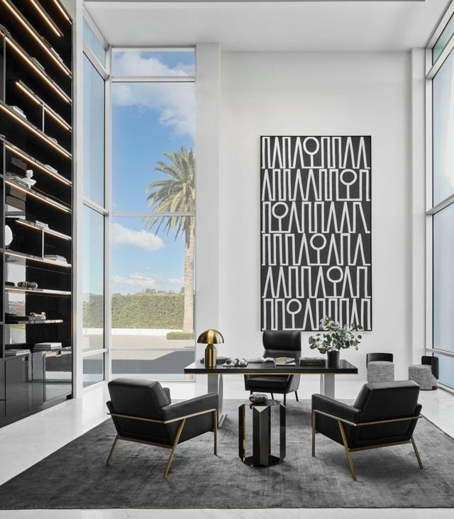 Hình ảnh bên trong căn nhà rộng nhất thế giới sau 8 năm xây bí mật - 7