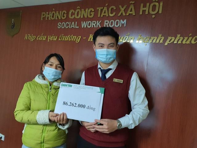 Bạn đọc tiếp tục giúp đỡ bé trai từ tâm lũ Quảng Trị ra Hà Nội chữa bệnh - 1