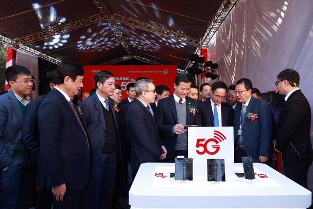 Khu công nghiệp đầu tiên ở Việt Nam được phủ sóng 5G - 1