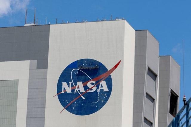 Nhà khoa học NASA nhận tội nói dối về mối liên hệ với Trung Quốc - 1