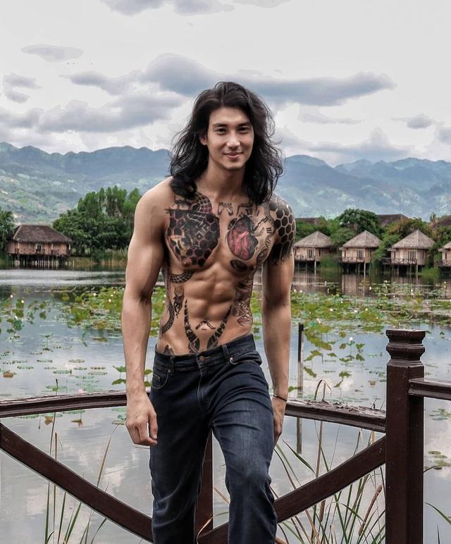 Mê mẩn thân hình như tạc tượng của chàng Aquaman châu Á - 1