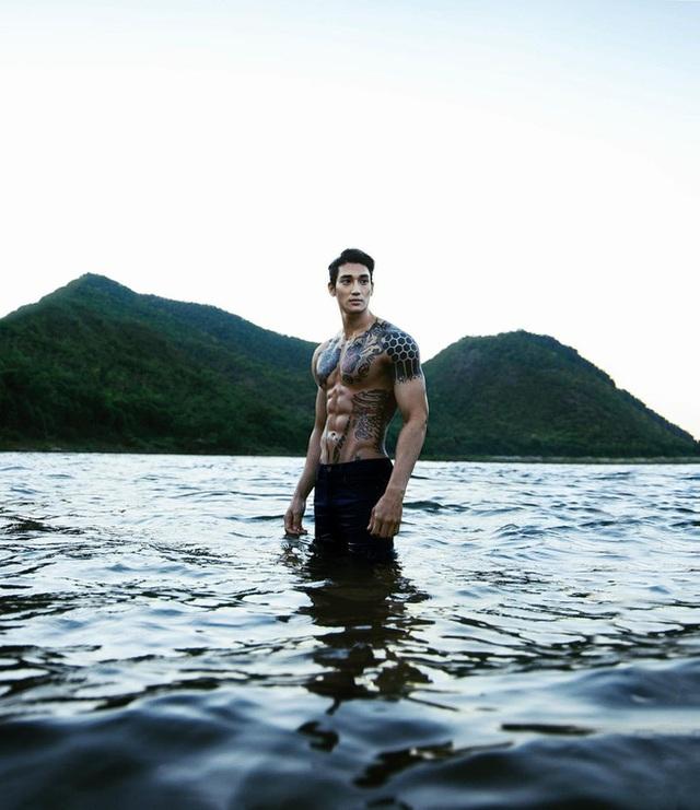 Mê mẩn thân hình như tạc tượng của chàng Aquaman châu Á - 12