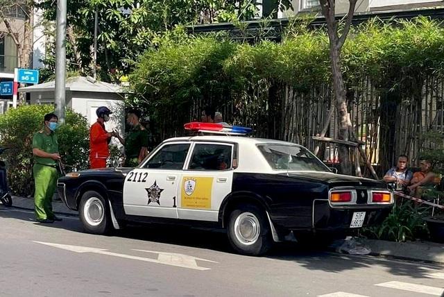 Xôn xao hình ảnh xe cảnh sát Mỹ xuất hiện tại TPHCM - 1