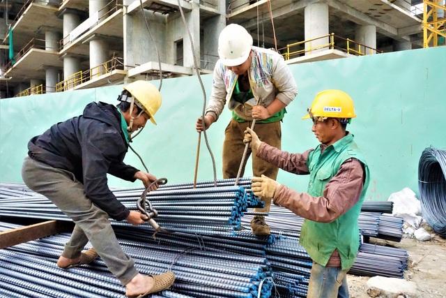 Đà Nẵng: Người lao động chật vật mưu sinh trong giá rét - 6