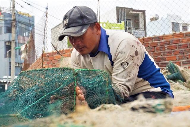 Đà Nẵng: Người lao động chật vật mưu sinh trong giá rét - 8