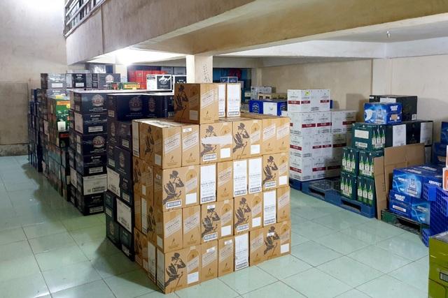 Kho hàng điện lạnh nội bất xuất, ngoại bất nhập ở TPHCM - 4