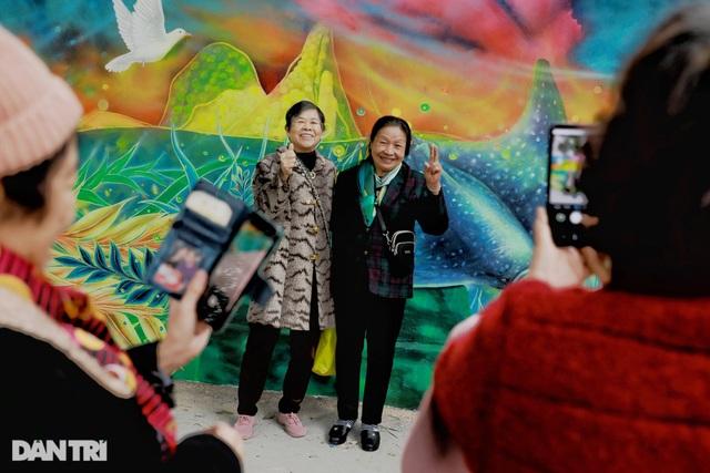 Đại sứ Mỹ khánh thành bức tranh tường 100m2 về chủ đề môi trường tại Hà Nội - 12