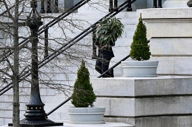 Nhân viên Nhà Trắng gói ghém đồ đạc, chuẩn bị rời đi - 6