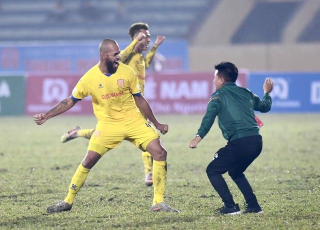 CLB Hà Nội thua đậm CLB Nam Định ở ngày mở màn V-League - 7