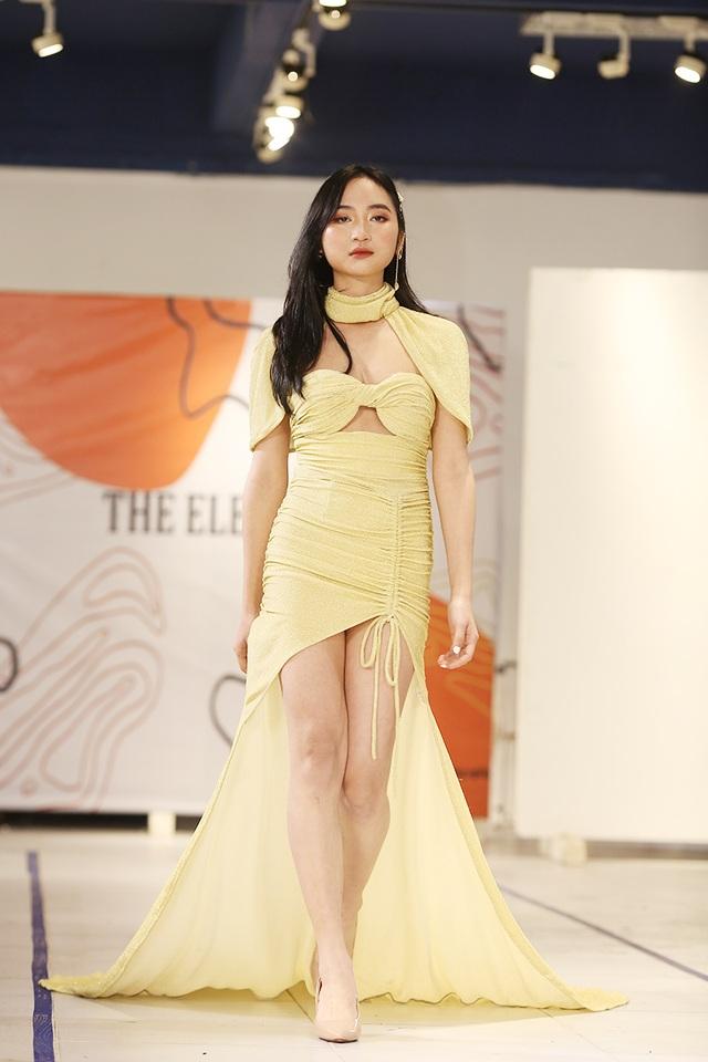 Nam sinh ĐH Kiến trúc mặc váy ngắn, đi catwalk đẹp hơn cả nữ sinh - 9