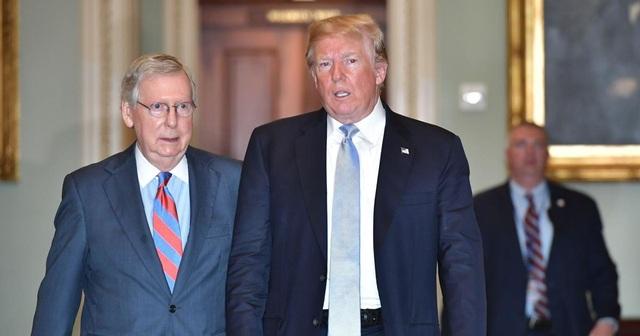 Đảng Cộng hòa chia rẽ, bất đồng vì lá phiếu kết tội ông Trump - 1