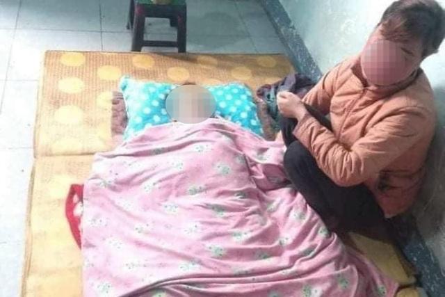 Bố mẹ đau đớn khi con trai 17 tháng tuổi té vào xô nước chết ngạt - 1