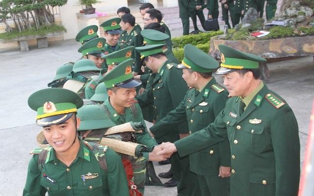 Lính biên phòng tiên phong lên biên giới chống dịch: Xong nhiệm vụ mới về! - 5