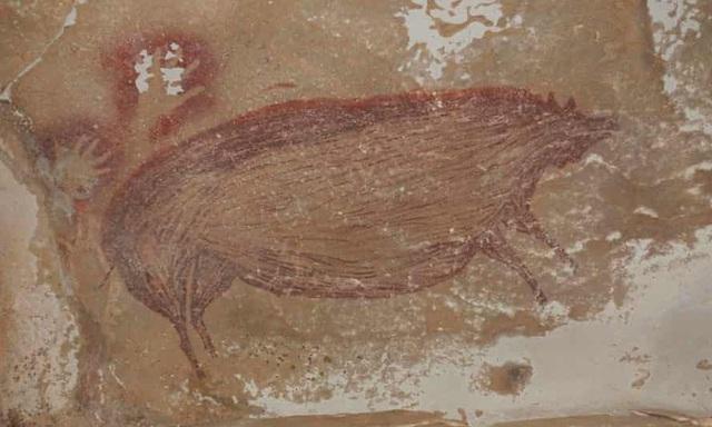 Chiêm ngưỡng bức vẽ lâu đời nhất được con người thực hiện trên vách đá - 1