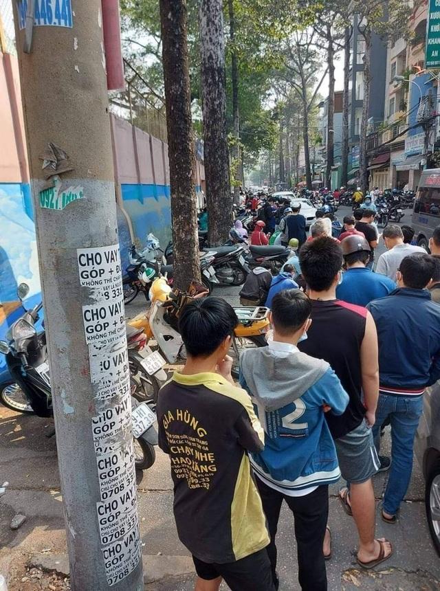 Cơn sốt vé xem Kiatisuk ở sân Thống Nhất xuất hiện trên báo Thái Lan - 2