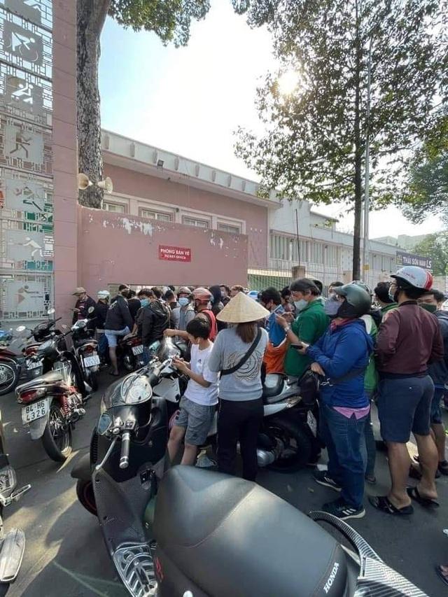 Cơn sốt vé xem Kiatisuk ở sân Thống Nhất xuất hiện trên báo Thái Lan - 4